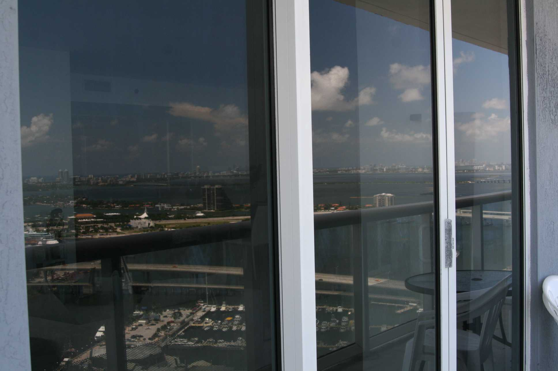 Window cleaning miami 786 364 3177 high rise window cleaning sliding glass doors cleaning brickell eventelaan Choice Image